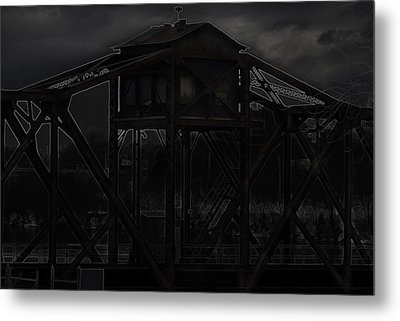 Urban Metal Metal Print by Thomas Young
