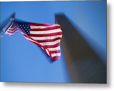 Us Flag At Washington Monument At Dusk Metal Print by David Smith