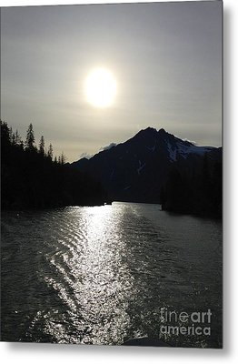 Metal Print featuring the photograph Valdez Water's by J Ferwerda