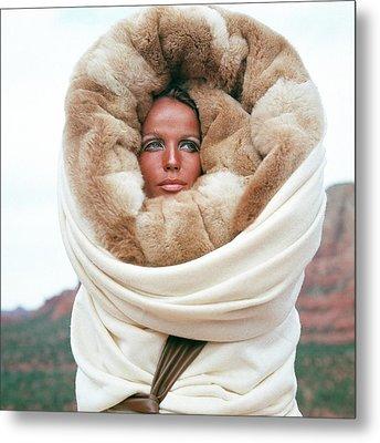 Veruschka Von Lehndorff Wearing A Fur Wrap Metal Print by Franco Rubartelli