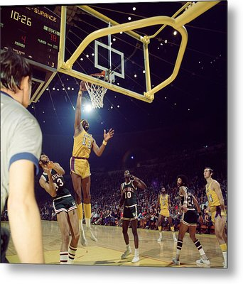 Wilt Chamberlain Dunks Metal Print by Retro Images Archive