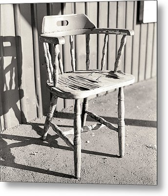 Wylie's Chair Metal Print by Will Gunadi