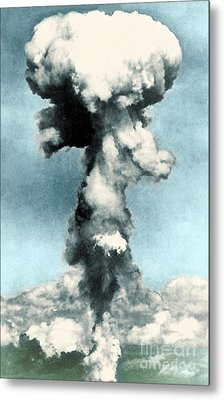 Atomic Bombing Of Nagasaki Metal Print by Science Source