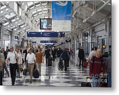 Busy Airport Terminal Concourse At Chicago's O'hare Airport Metal Print by Christopher Purcell