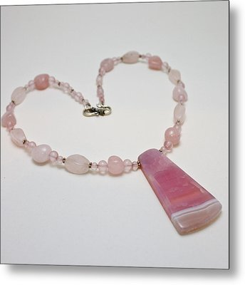 3604 Rose Quartz And Agate Pendant Necklace Metal Print by Teresa Mucha