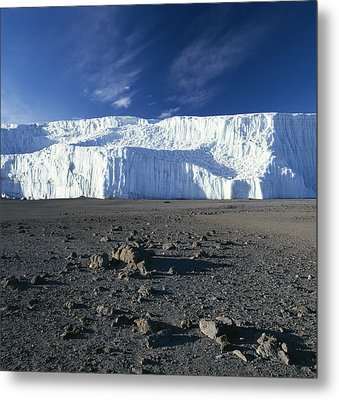 A View Of Mount Kilimanjaros Summit Metal Print by David Pluth