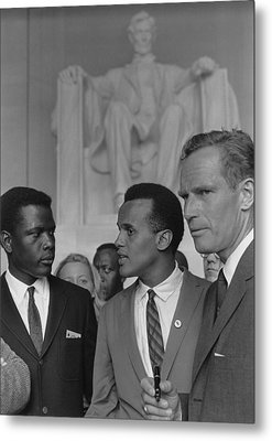 Actors Sidney Poitier, Charlton Heston Metal Print by Everett