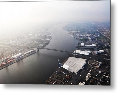Aerial View Of The Walt Whitman Bridge On The Delaware River Metal Print by Bill Cannon