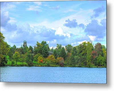 Metal Print featuring the photograph Autumn's Beauty At Hoyt Lake by Michael Frank Jr