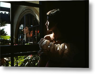 Beauty Reflected 2 Metal Print by Roy Williams