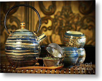 Blue Oriental Teapot With Cups  Metal Print by Sandra Cunningham