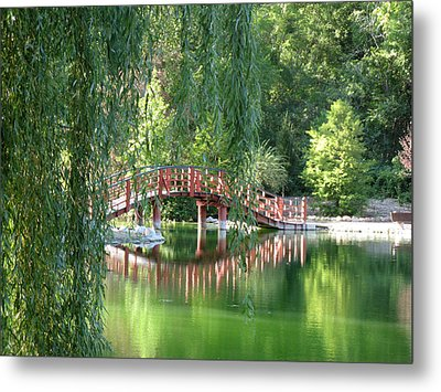 Bridge Beyond The Willows Metal Print by Kimberly Mackowski