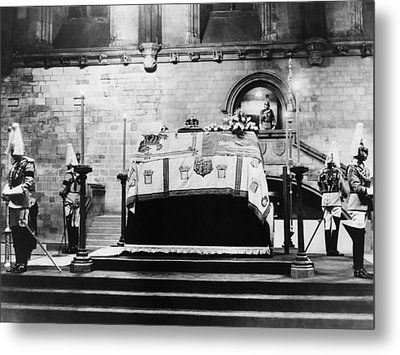 British Royal Family. Coffin Of King Metal Print by Everett