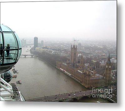 Metal Print featuring the photograph Bubble Over London by Beth Saffer