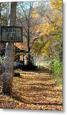 Metal Print featuring the photograph Cabin By The Creek by Laurinda Bowling
