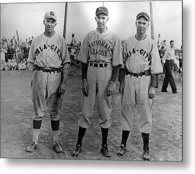 Carl Hubbell Ctr Of Nys Giants Fame Metal Print by Everett