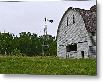 Corn Crib Metal Print by Edward Peterson