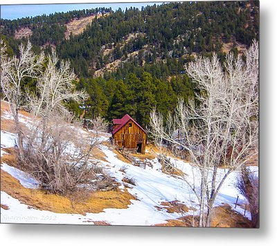 Metal Print featuring the photograph Country Barn by Shannon Harrington