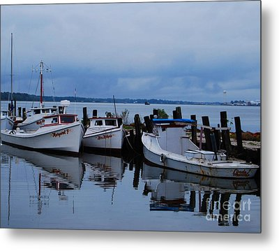 Metal Print featuring the photograph Docked by Linda Mesibov