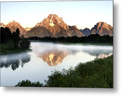 Early Morning Fog Oxbow Bend Metal Print by Paul Cannon