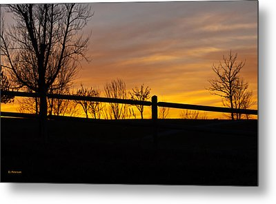 Fence At Sunset Metal Print by Edward Peterson