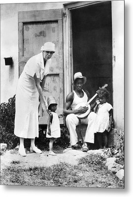 First Lady Eleanor Roosevelt Chatting Metal Print by Everett