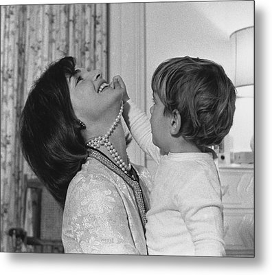 First Lady Jacqueline Kennedy Laughs Metal Print by Everett