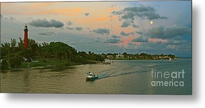 Metal Print featuring the photograph Jupiter Lighthouse Moon Rising by Larry Nieland