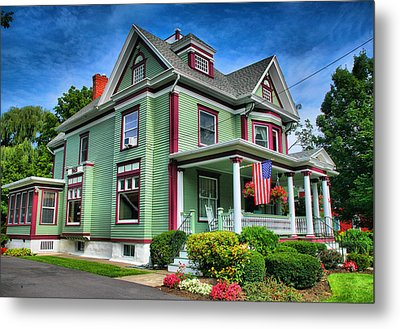 Green House Metal Print by Steven Ainsworth