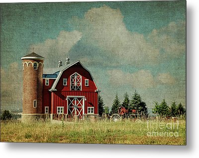 Greenbluff Barn Metal Print by Beve Brown-Clark Photography