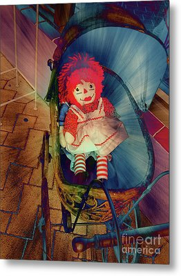 Happy Dolly Metal Print by Susanne Van Hulst