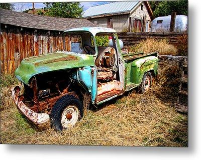 Hdr Old Truck Metal Print by Joe Myeress
