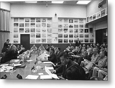 Honolulu Conference On The Vietnam War Metal Print by Everett