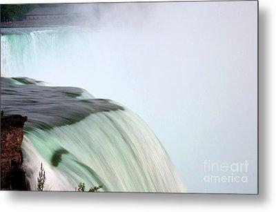 Horseshoe Falls Mist Metal Print