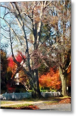 House With Picket Fence In Autumn Metal Print by Susan Savad