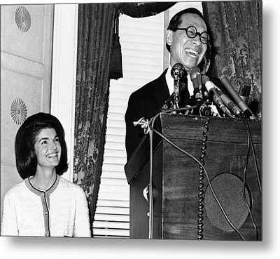 Jacqueline Kennedy And Architect Ieoh Metal Print by Everett