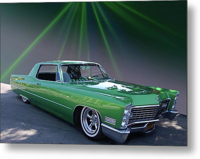 Metal Print featuring the photograph Kelly Caddy by Bill Dutting