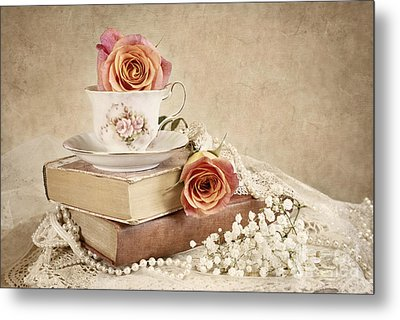 Metal Print featuring the photograph Love Of Vintage Books by Cheryl Davis