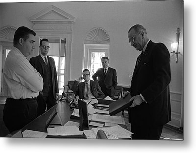 Lyndon Johnson With Former Kennedy Metal Print by Everett