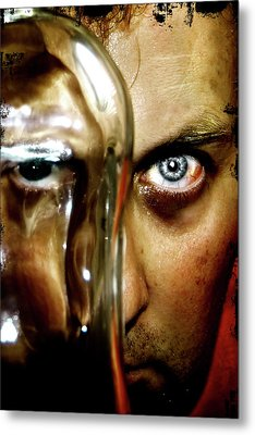 Metal Print featuring the photograph Mad Man by Pedro Cardona