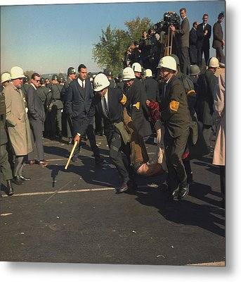 March On The Pentagon. Us Marshals Metal Print by Everett