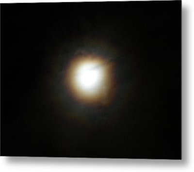 Metal Print featuring the photograph Moon Glow by Diannah Lynch