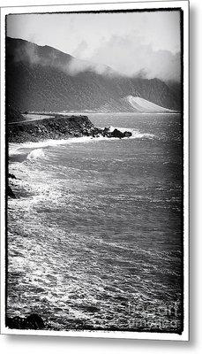 Morning Along The Coast Metal Print by John Rizzuto