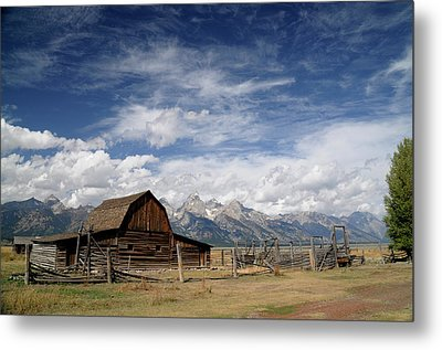 Metal Print featuring the photograph Moulton Barn by Geraldine Alexander