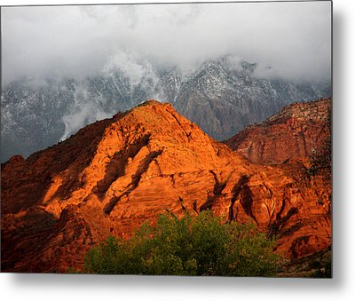 Metal Print featuring the photograph Mountain Mist by Marta Alfred