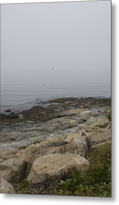 New London Ledge Light In The Dense Fog Metal Print by Todd Gipstein