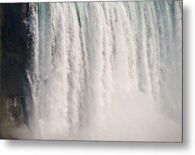 Niagara Falls Metal Print by Steve Gadomski