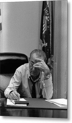 President Lyndon Johnson Making Notes Metal Print by Everett