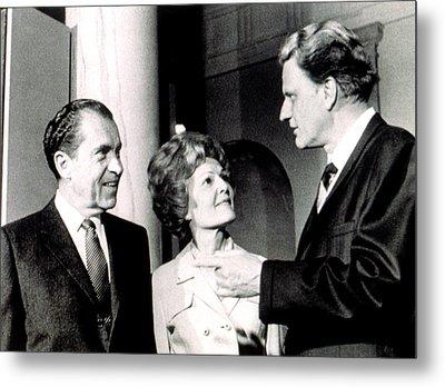 President Richard M. Nixon & First Lady Metal Print by Everett