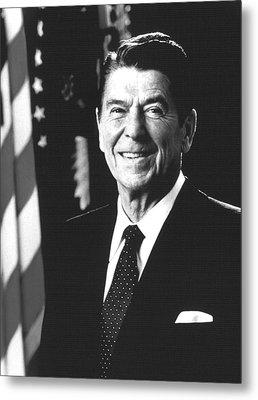 President Ronald Reagan, 1981 Metal Print by Everett